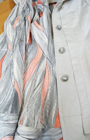 D.裏は縮緬小紋の着物からリメイク