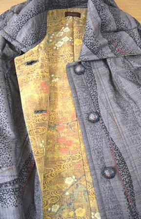 E.裏は縮緬小紋の着物からリメイク