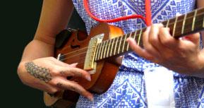 Taimane Gardner et la Mississippi Stradivarius Model.