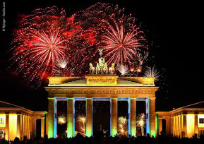 Silvester Gruppenreisen Gruppen Berlin Brandenburger Tor Feiern Angebot günstig