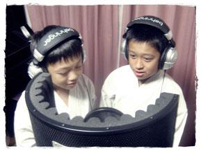 ↑ 左:弟・陽色くん、右:兄・悠斗くん