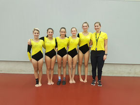 K5 Turnerinnen - Maike, Lily-Marie, Leonie, Imen, Laura, Linda (Betreuerin) (v.l.n.r)