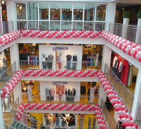 Luftballon Ballon Girlande Dekoration Modehaus Gebrüder Götz Würzburg Jubiläum Event Firma