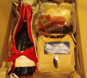 お取り寄せに合うセレクトワインを一緒にプレゼント。