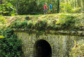 Hiking trail tramway line path Lembeye (Vic-Bilh / Madiran)