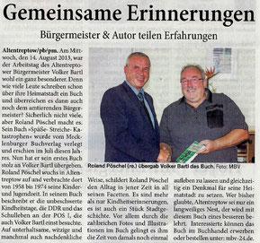 2013, 25. August: 2. Zeitungsartikel betreffs der Buchübergabe an den Bürgermeister von Altentreptow, Volker Bartl (Blitz am Sonntag, Region Neubrandenburg)