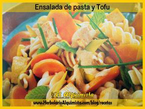 Ensalada de pasta y tofu