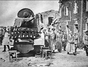 Гитлер в Брестской коепости. Август 1941г.