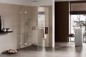 Badsanierung, Glasduschen, behindertengerechtes Bad