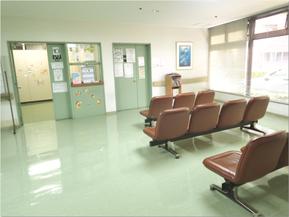 北多摩病院 小児科待合室
