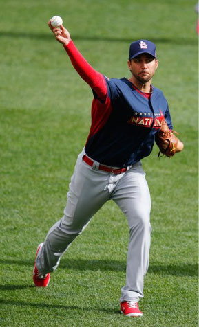 Nella foto Adam Wainwright, lanciatore partente dei Cardinals e All Star Game (AP Photo/Paul Sancya)