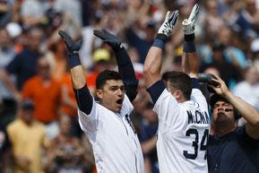 Nella foto McCann si congratula con Iglesias (Getty Images)