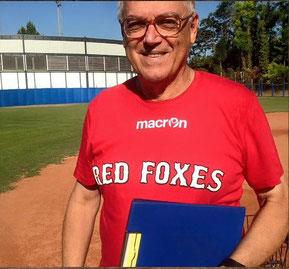 Nella foto il coach Pino Bataloni