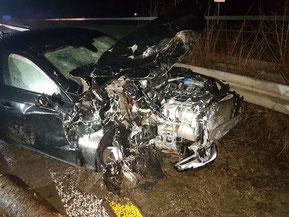 Schwerer Verkehrsunfall zwischen Wörnitz und dem Autobahnkreuz ...