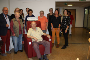 Bei den Senioren ist der Reha-Sessel heiß begehrt. Foto: Hiereth