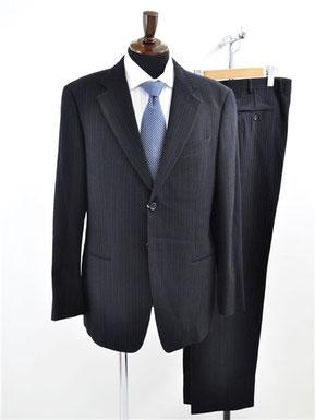 アルマーニコレッツォーニのスーツ買取り