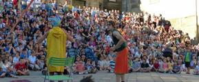 Circo Chosco en plena actuación