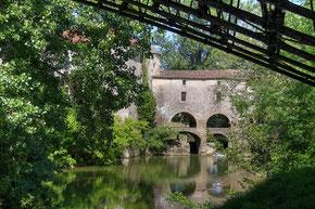 moulin de Loubens près de la ferme du Moulinat