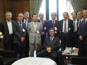脇雅史幹事長と記念撮影