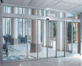 Puerta automática perfil aluminio Alicante Aprimatic