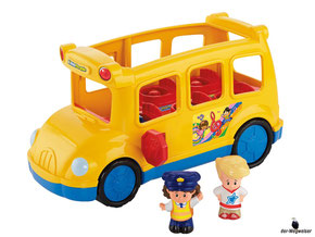 Im Paket Fisher-Price ist ein Schulbus mit einem Busfahrer, einem Junge und einem Mädchen enthalten.