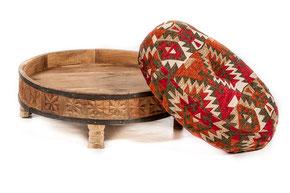 Oosterse poef met oosters meubel en Ottoman hocker