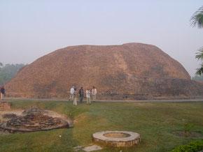 ラマバル塚