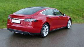 Tesla Model S 85 Seitenansicht
