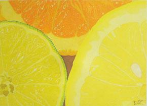 Dessin crayons de couleur gros plan tranches lime citron et orange. Jaune et orange