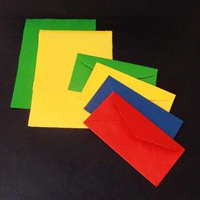 Briefumschläge aus Baumwollpapier