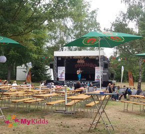 Bühne auf dem Phungo Festival