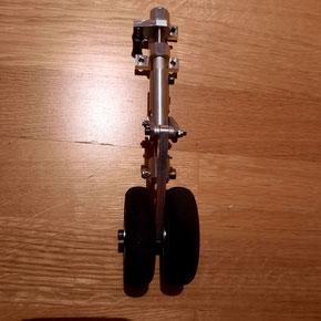 Bugfahrwerksbein für  z.B. Herkules C130 mit 2500mm Spannweite