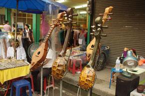 タイの伝統的な楽器?ワシントン条約などの絡みで、日本へのお土産には難しいかもしれません