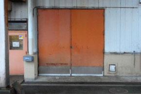 受乳室の旧扉