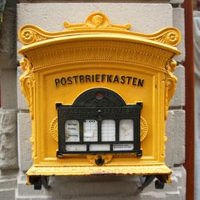 Zur Post bringen