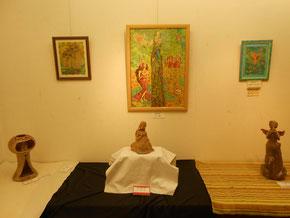 立花雪 炎と楽園のアート 作品展 楽々土像たちも絵画のテーマごとに配列しました。