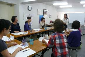 旅行英会話教室、レッスン風景