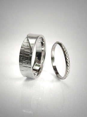 92/5000 Hammered and beaded wedding rings, decorated with marbles, notched, silver and white gold - Nelly Chemin