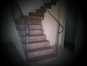 Réalisation d'un escalier en béton ciré Par Sylvain Serrano pour Béton Création