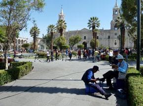 Arequipa: la place centrale et la Cathédrale