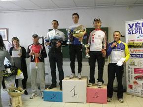 """Le podium des """"3"""" avec Jean-Claude second"""