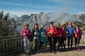 Nos infatigables marcheuses sur les hauteurs de Montserrat