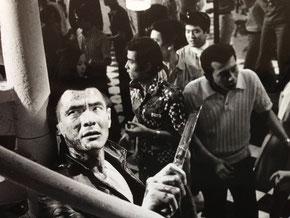 左端が菅原文太、二人目が私と仲が良かった東映第12期ニューフェイスの旭洋一郎、右端が竹垣悟