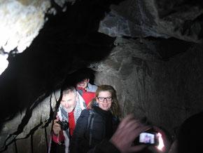 Tief in der Schinderhannes-Höhle