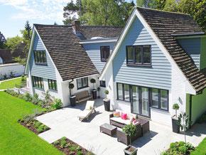 Bei der Erbschaft einer Immobilie gibt es einiges zu beachten, am besten Sie lesen diesen Ratgeber, bevor Sie das geerbte Haus verkaufen, vermieten oder selbst bewohnen.