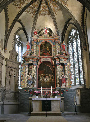 Bild des Altars der Kirche
