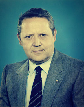 Bundesarchiv, Bild 183-1982-0504-421 / CC-BY-SA 3.0