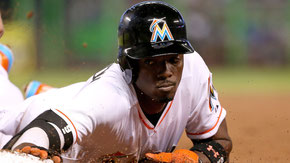 Nella foto Dee Gordon, Miami, leader in basi rubate (58) nel 2015 (Mike Ehrmann / Getty Images)