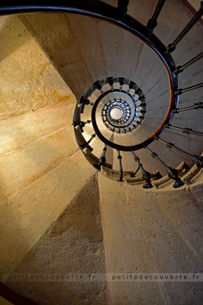 Escalier à vis Hôtel particulier Chambéry Savoie