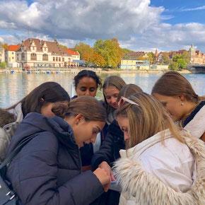 Die Erstsemester aus allen Studiengängen wurden heute am Bodensee Campus begrüsst und lernten sich und die Stadt Konstanz bei einer Stadthalle kennen.